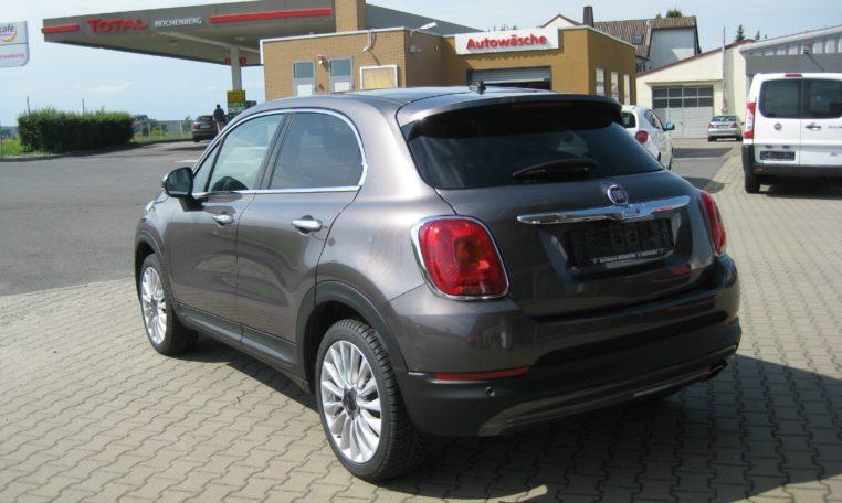 Fiat 500X Lounge Magnetico Bronze Ansicht hinten links