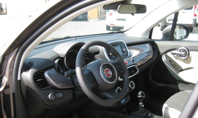 Fiat 500X Lounge Magnetico Bronze Ansicht innen