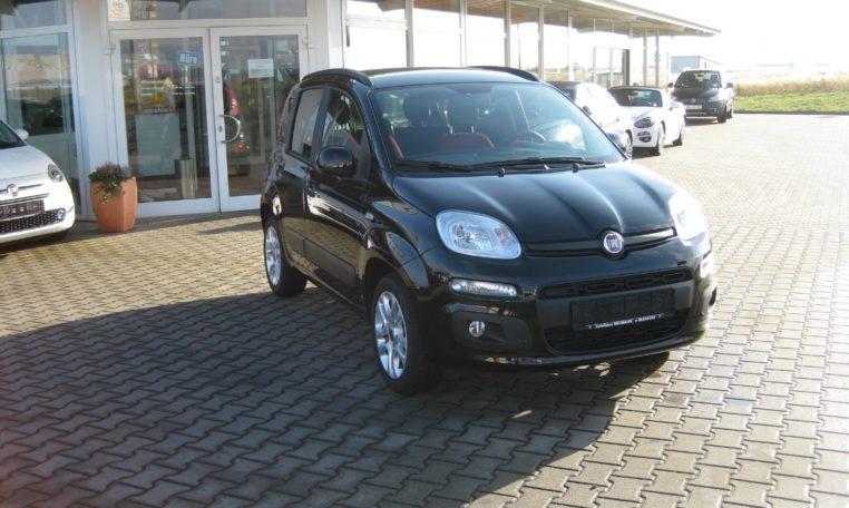 Fiat Panda Lounge schwarz