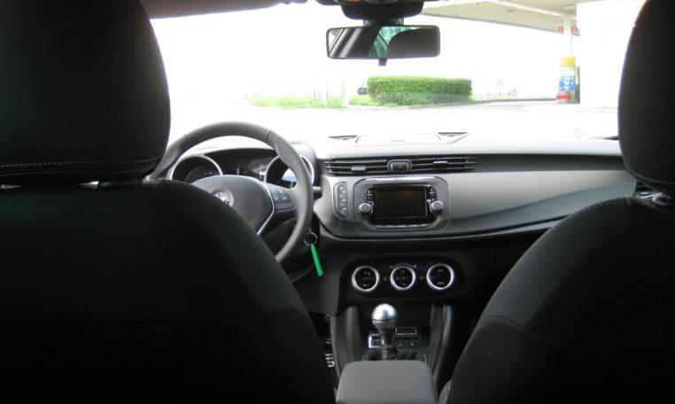 Alfa Giulietta Sport weiß Vfw 8