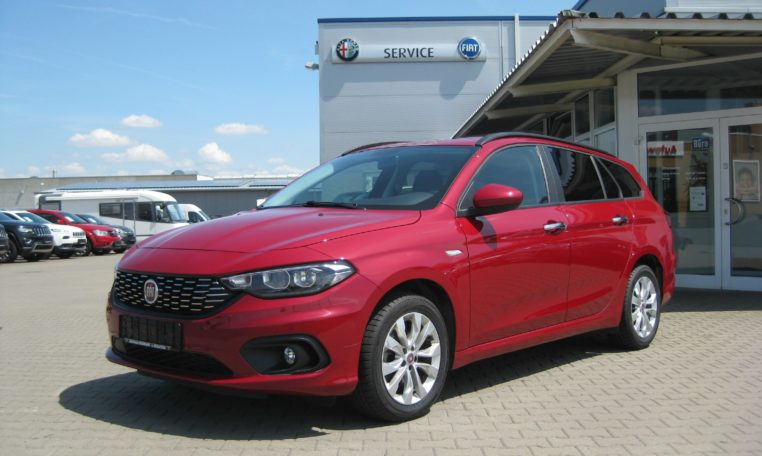 Fiat Tipo Kombi Easy Amore Rot 1