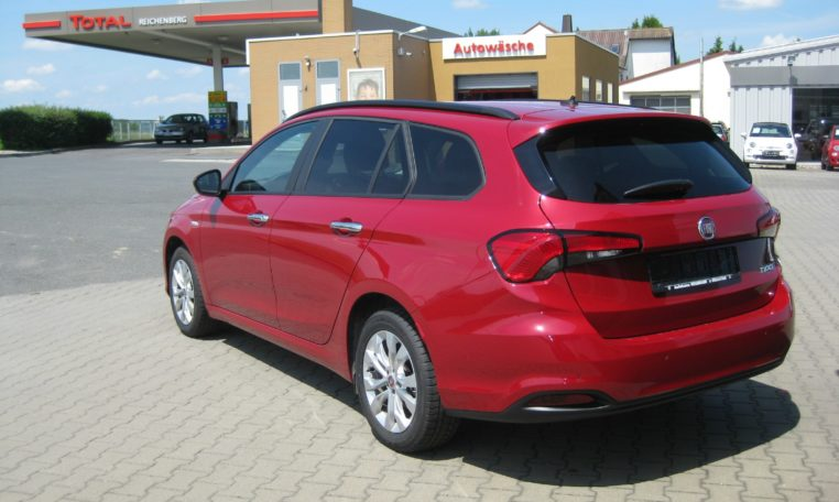 Fiat Tipo Kombi Easy Amore Rot 4