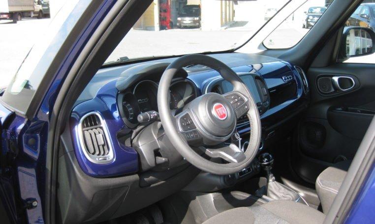 Fiat 500L Venezia Blau Met 6