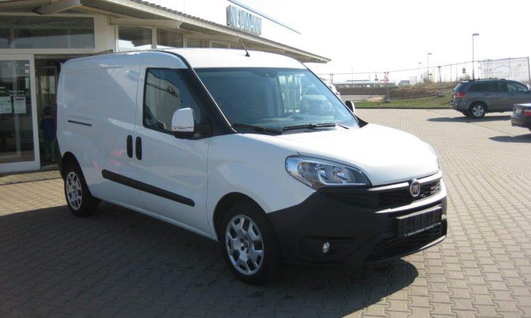 Fiat Doblo Cargo Maxi weiß 2