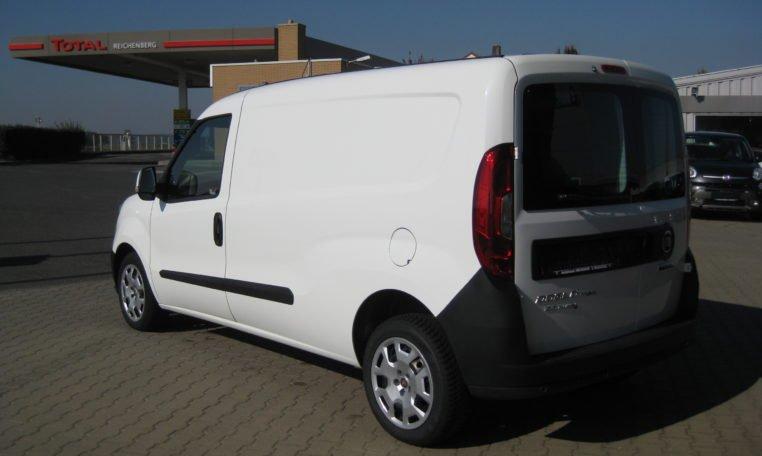 Fiat Doblo Cargo Maxi weiß 4