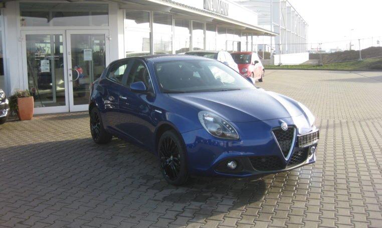 Alfa Giulietta Super blau 2