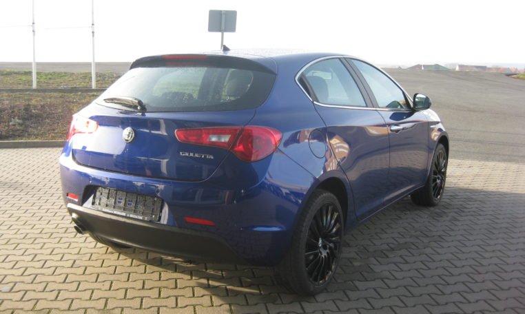 Alfa Giulietta Super blau 3
