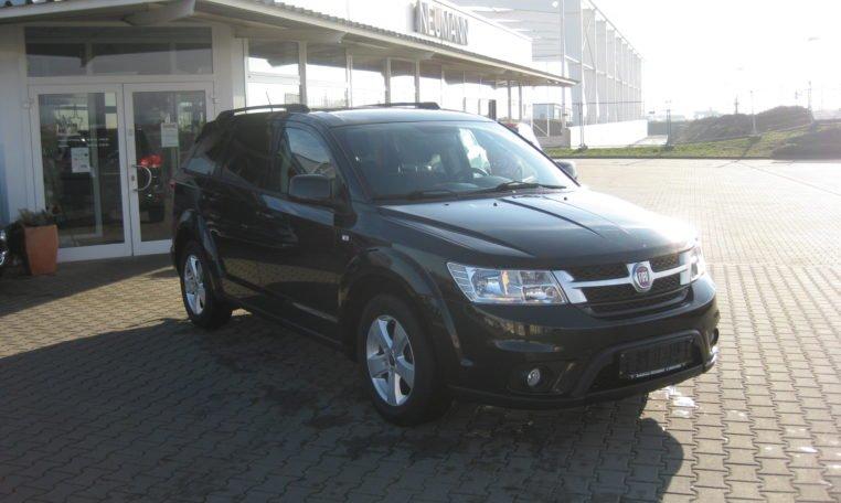 Fiat Freemont Urban schwarz 2