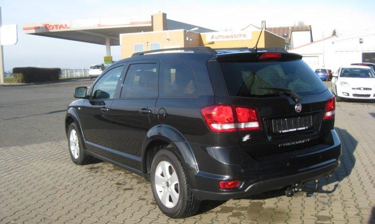 Fiat Freemont Urban schwarz 4