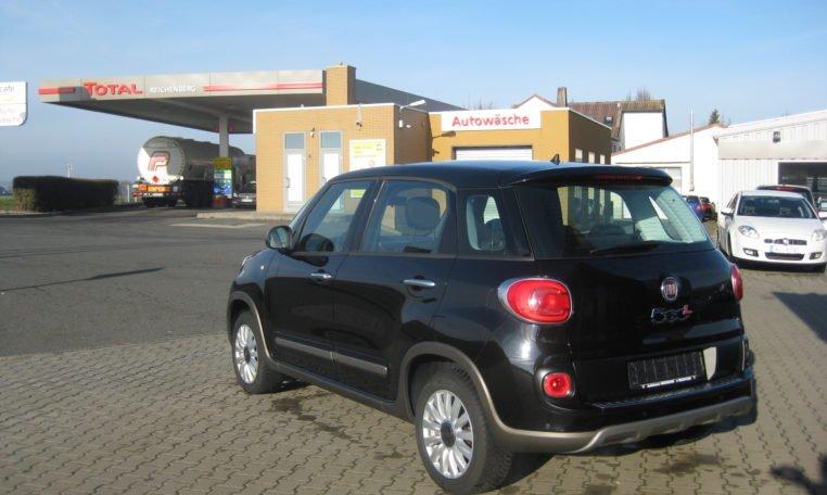 Fiat 500L Trekking schwarz 4